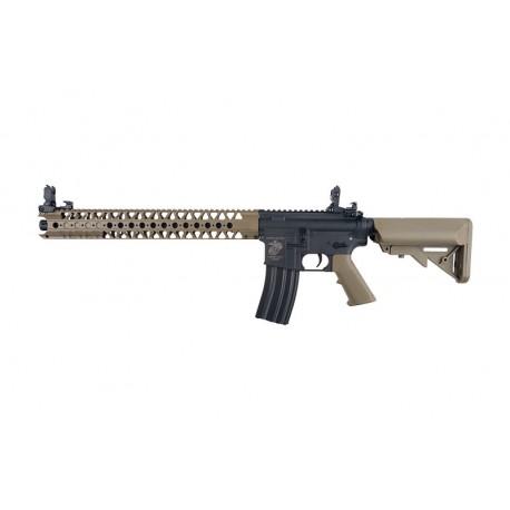 Replica M4 SA-C16 CORE™ Negru/Tan Specna Arms