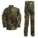 Uniforma Model ACU Flecktarn ACM